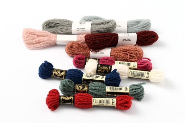 刺繍糸(4)|ウールの糸で刺繍するのも、糸が太くてどんどんステッチができていくのが楽しいですよ。