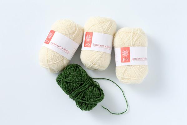 ウール糸|値段と品質はある程度比例します。お値段が少々張っても、編みやすく、着ていてだれてこない「いい糸」を選びたいものです。