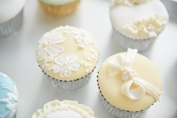 森ゆきこさん(後編)|『アイシングでつくる愛されるお菓子 シュガーケーキ&クッキー』では、宝石のような美しいケーキを提案。パーティーに、プチギフトに、スイートなひとときを。