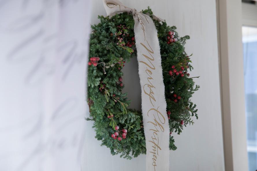カリグラフィーでクリスマス!(前編) 人気カリグラファー、ヴェロニカさんに教わるおしゃれ空間のスタイリングアイデア 講師:ヴェロニカ・ハリムさん(Veronica Halim Calligraphy)