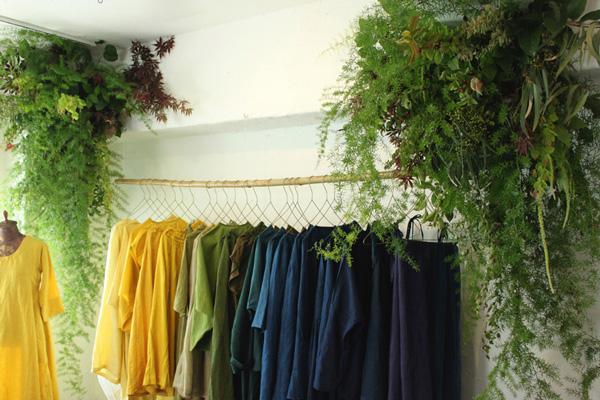 kitta展 「自然」と「色」を「草木染め」で結ぶ―美しい衣服と小物 2018.5.25(Fri)- 29(Tue)