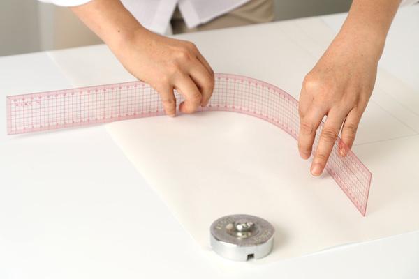 第5回 製図の道具(後編)|いちばん使う方眼定規は50cm。小回りの利く30㎝、少し長い60cmも揃えておくと作業がはかどります。