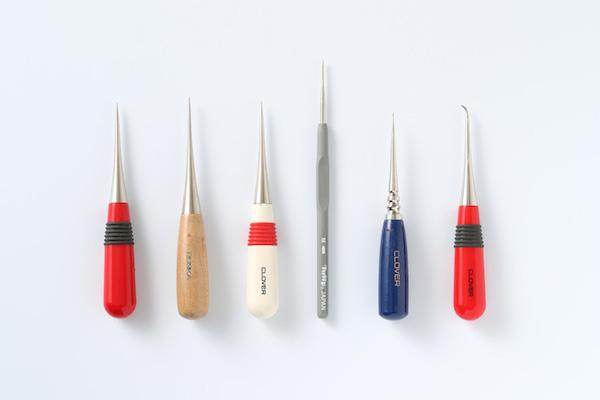 第8回 ほどくということ(前編)|目打ち、小ばさみ、リッパー。この3つの道具を使いこなせると、ほつれたときも、リメイクしたいときも、縫い目をほどくのが苦にならなくなります。