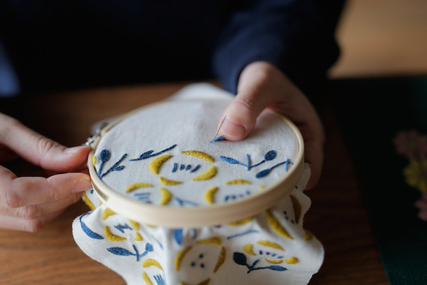 セキユリヲさん(後編)|刺繍は針と糸を使った芸術。ひと針ひと針、絵を描くように、物語を紡ぐように