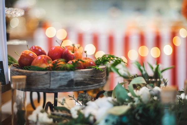 晴代さんのシンプル生活のつくり方。第5回(前編)| シックで上品!「世界観と空気感」にこだわった、大人のクリスマスイベントを体験!