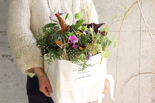 つくりら主催ワークショップ フラワーノリタケさんの「不思議植物のマルシェバッグ」と「春を祝う花々のブーケ」