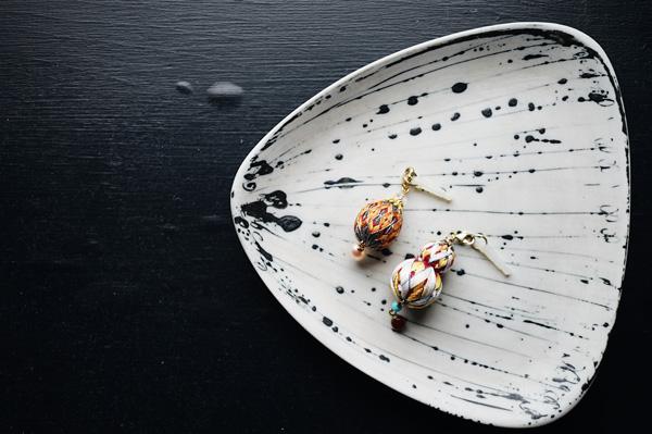 Favorite things 第1回(前編)| 日本の伝統工芸、寺島綾子さんの手まりとイギリス生まれの器が、時空を超えて出逢った瞬間。
