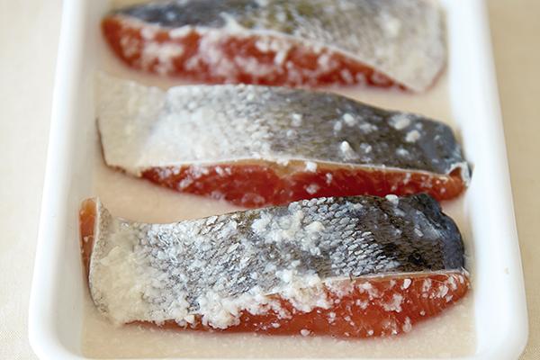 今が旬!子どもにも大人にも大人気の鮭を○○と合わせたら?