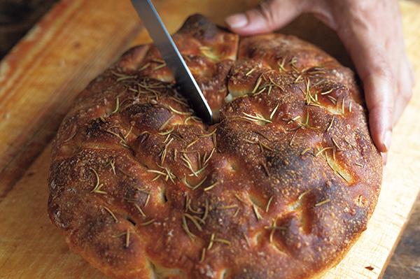 イタリア料理に欠かせないパン フォカッチャ