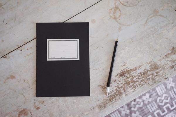 新月に願い、満月に感謝する。幸運を引き寄せる「月のノート」のお話|Favorite things 第6話(前編)