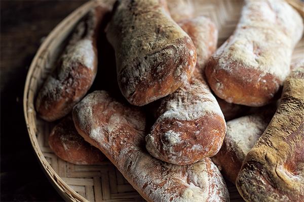 手ごねで作るイタリアのパン  チャバッタ