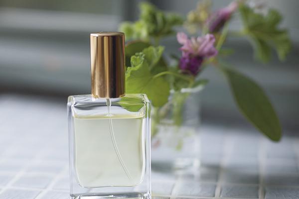 ほのかに香る草原のアロマ香水|春分その2