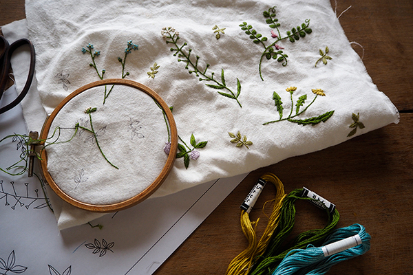 静かに語られた植物と刺繍の物語|編集後記 第1話